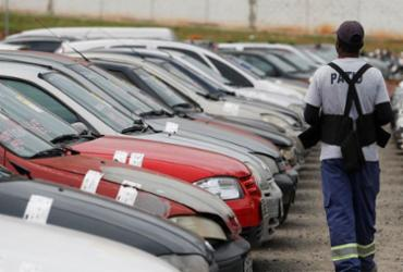 Leilão de veículos e sucatas acontece em Salvador nesta segunda | Raul Spinassé | Ag. A TARDE