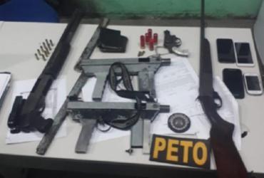 Homens armados que transportavam corpo em carro morrem em confronto | Divulgação | PETO