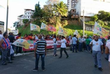 Rodoviários protestam contra reajuste oferecido por empresas | Raul Aguilar l Ag. A TARDE