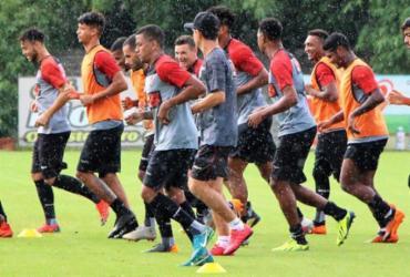 Sindicato pede reintegração, mas grupo segue afastado dos treinos | Maurícia da Matta l EC Vitória