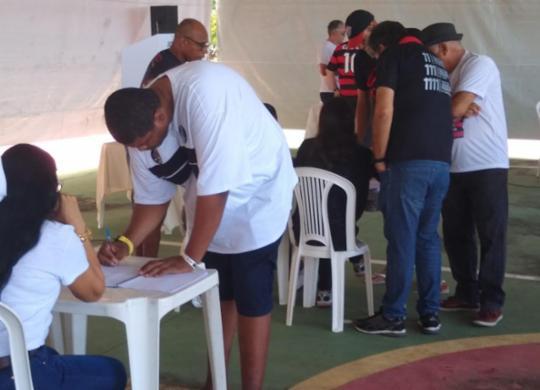 Sócios do Rubro-Negro elegem novo presidente; acompanhe a votação   Filipe Ribeiro l Ag. A TARDE