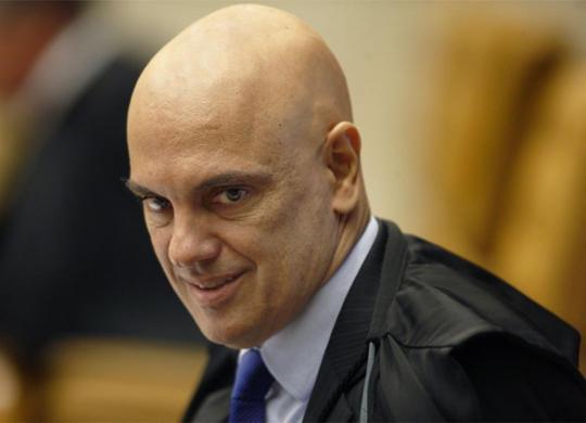 Alexandre de Moraes recua e derruba censura imposta a revista e site | Rosinei Coutinho l SCO l STF l 11.4.2019