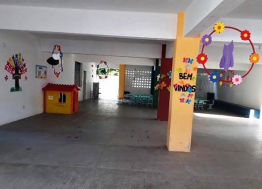 Homens armados invadem creche e roubam funcionários em Feira de Santana | Acorda Cidade | Reprodução