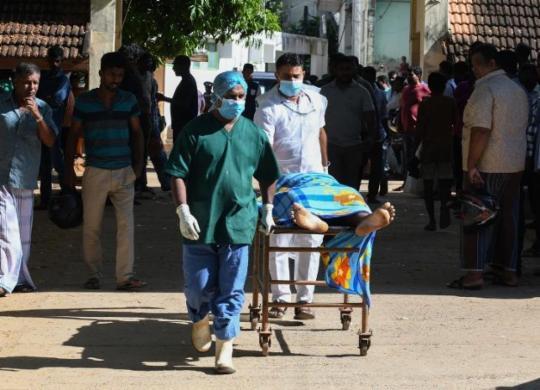 Sri Lanka: explosões deixam pelo menos 207 mortos e centenas de feridos   Lakruwan Wanniarachchi   AFP