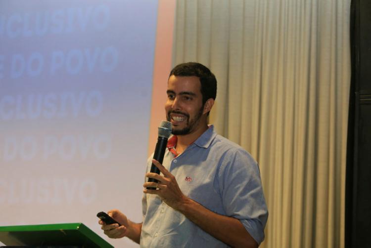 O gerente de comunicação do E. C. Bahia foi o primeiro palestrante do encontro (Foto: Joá Souza | Ag. A TARDE)