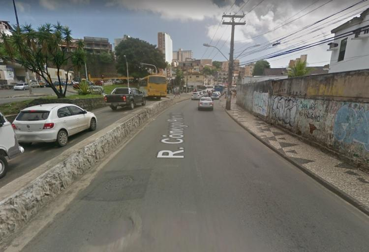 O acidente aconteceu na manhã deste sábado, 6, na Rua Cónego Pereira. O trânsito segue lento na região. - Foto: Reprodução | Google Maps