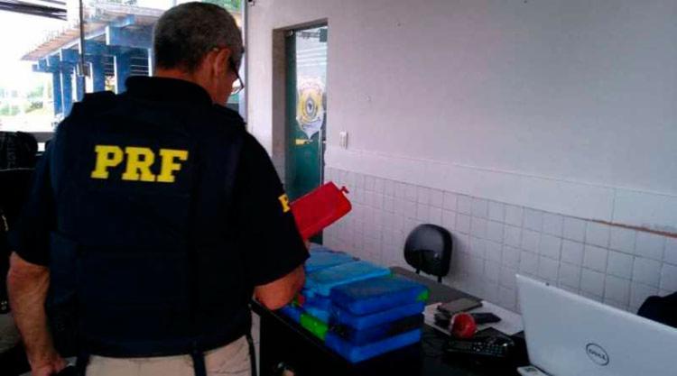 Drogas foram encontradas durante fiscalização da PRF - Foto: Divulgação   PRF