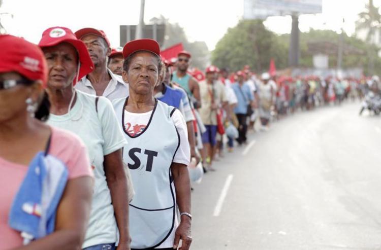 Segundo a CUT, o movimento deve reunir aproximadamente 3 mil componentes do MST de 10 regiões baianas - Foto: Reprodução | MST