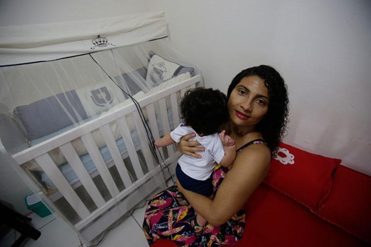 Geciane passou apenas quatro meses em casa com Lorenzo - Foto: Raphaël Müller | Ag. A TARDE