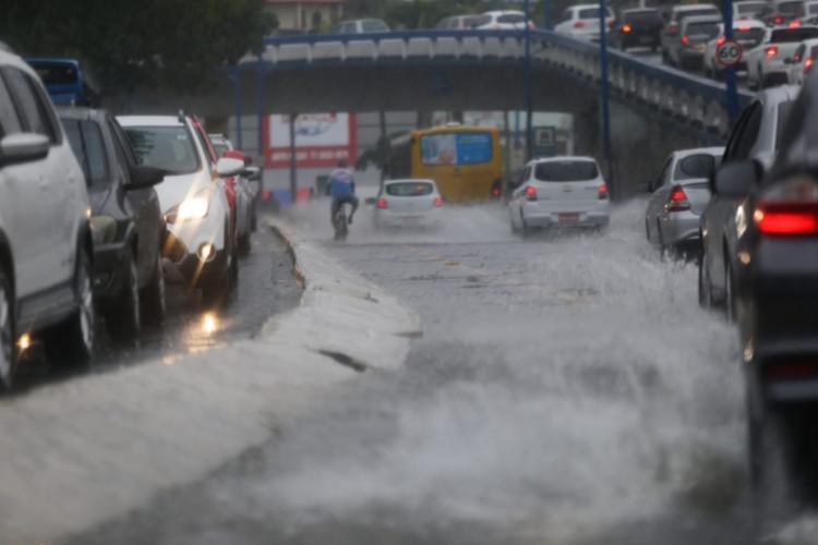 Ocorrências foram registradas por conta das chuvas - Foto: Raphael Muller | Ag. A TARDE