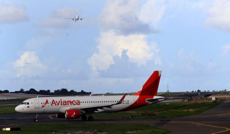 Avianca já teve 54 aeronaves, depois passou para 48, 38, 24 e agora está com sete - Foto: Adilton Venegeroles | Ag. A TARDE