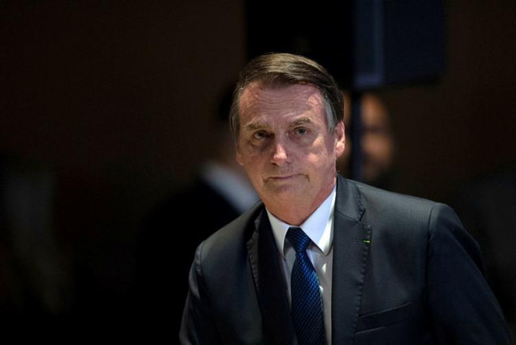 Governo Bolsonaro continua ampliando a sua distância do mundo político - Foto: Mauro Pimentel | AFP