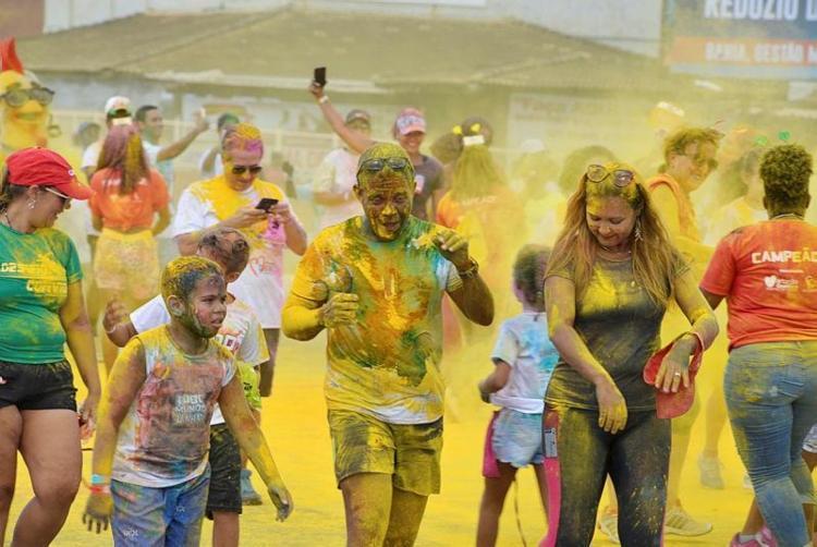 Corrida Colorida do Martagão Gesteira coloriu as ruas do Jardim de Alah - Foto: Shirley Stolze | Ag A TARDE