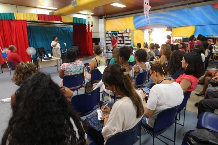 A programação também oferece oficinas de capacitação para contadores de história - Foto: Divulgação