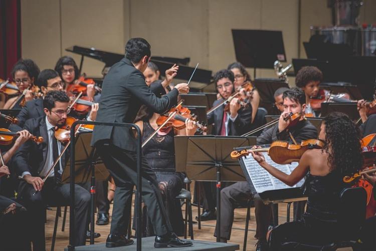 Os ingressos para a apresentação custam R$ 4 e R$ 2, no Teatro Castro Alves - Foto: Divulgação | Lenon Reis