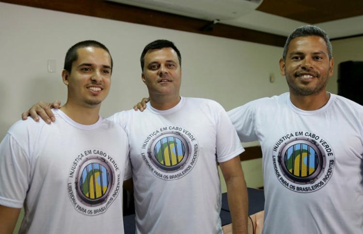 Rodrigo Dantas, Daniel Dantas e Daniel Guerra ficaram 18 meses presos em Cabo Verde - Foto: Uendel Galter | Ag. A TARDE