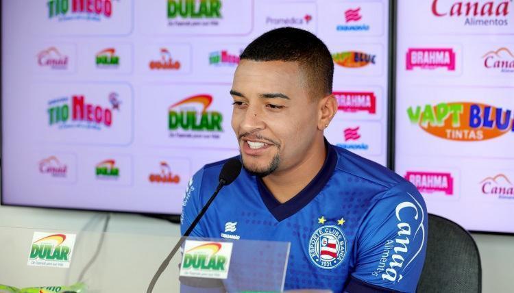 Após 10 jogos, volante garante estar feliz por retornar ao time - Foto: Felipe Oliveira | EC Bahia