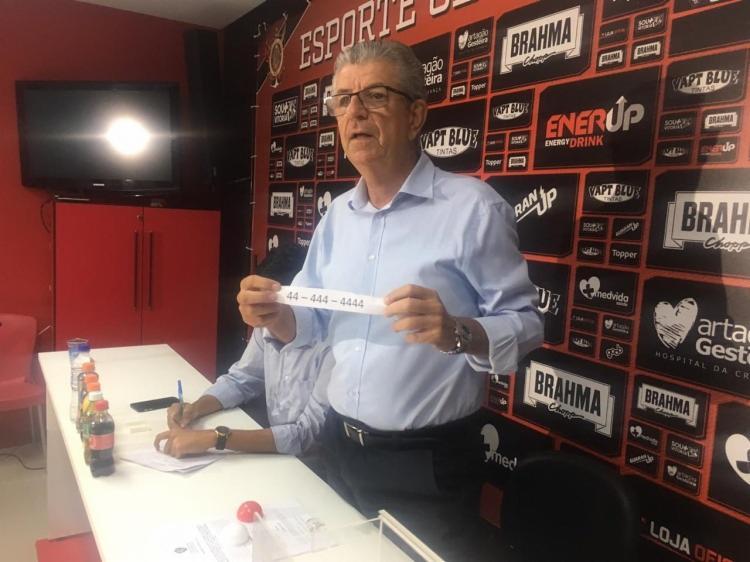 O sorteio foi realizado na Toca do Leão na manhã desta quinta-feira, 11 - Foto: Divulgação   EC Vitória