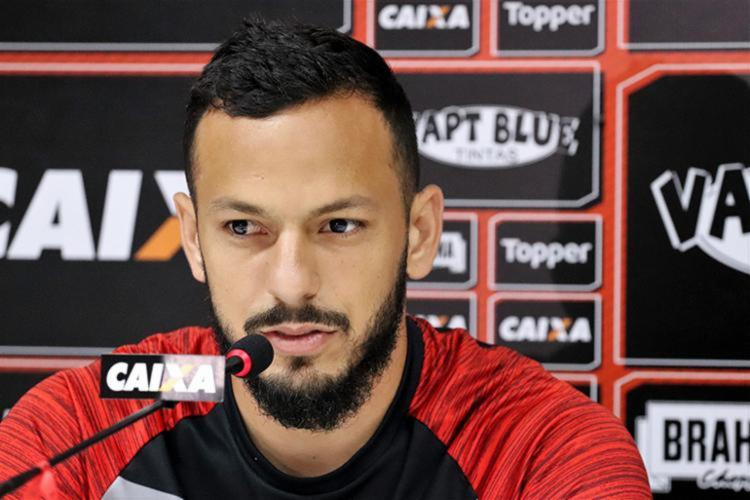 Atleta foi contratado pelo Rubro-Negro em meados de 2017 e atuou por um total de 89 partidas - Foto: Maurícia da Matta | EC Vitória