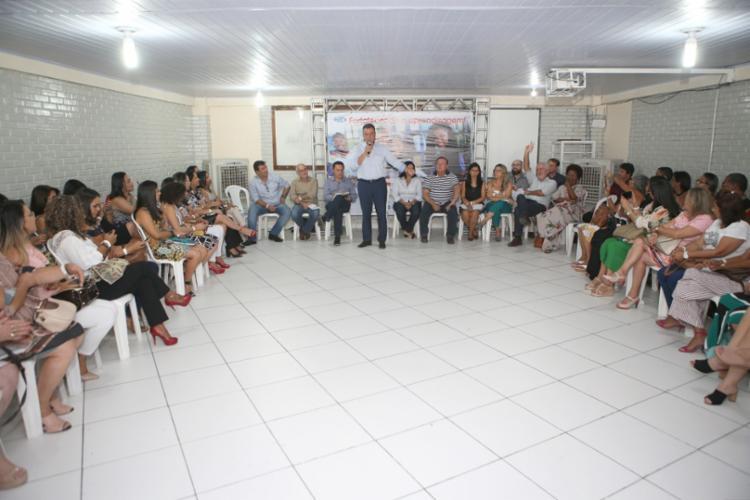 Os profissionais da Educação dialogaram sobre ações para a melhoria do processo de ensino e aprendizagem - Foto: Mateus Pereira/GOVBA