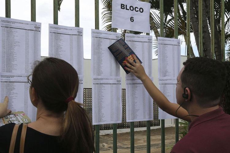 As provas serão aplicadas em dois domingos, 3 e 10 de novembro - Foto: Valter Campanato l Agência Brasil
