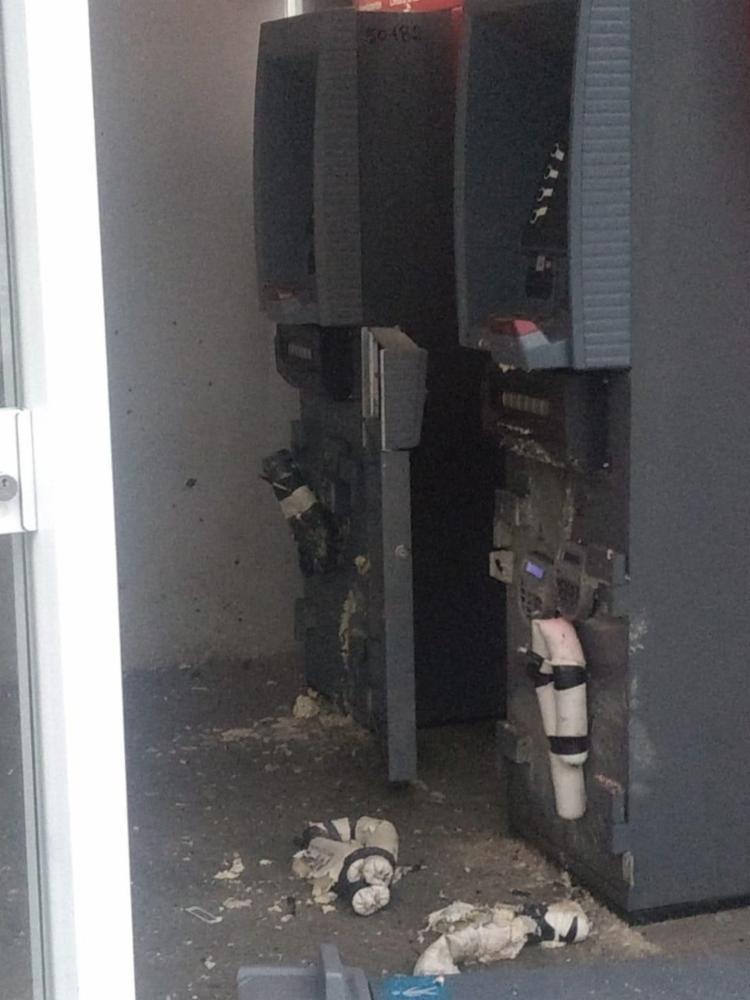 Equipes do Bope foram até o local fazer a retirada dos explosivos | Foto: Divulgação | SSP-BA