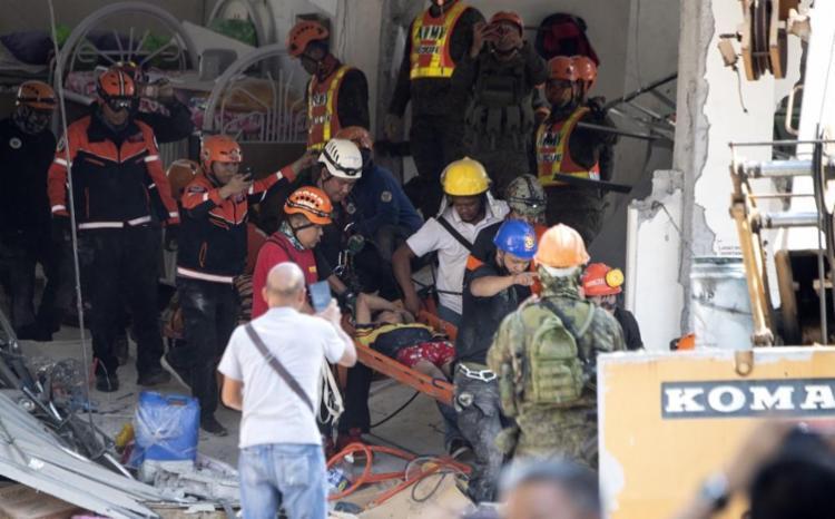 Terremoto deixou 16 mortos, 14 desaparecidos e 81 feridos - Foto: Ted Aljibe | AFP