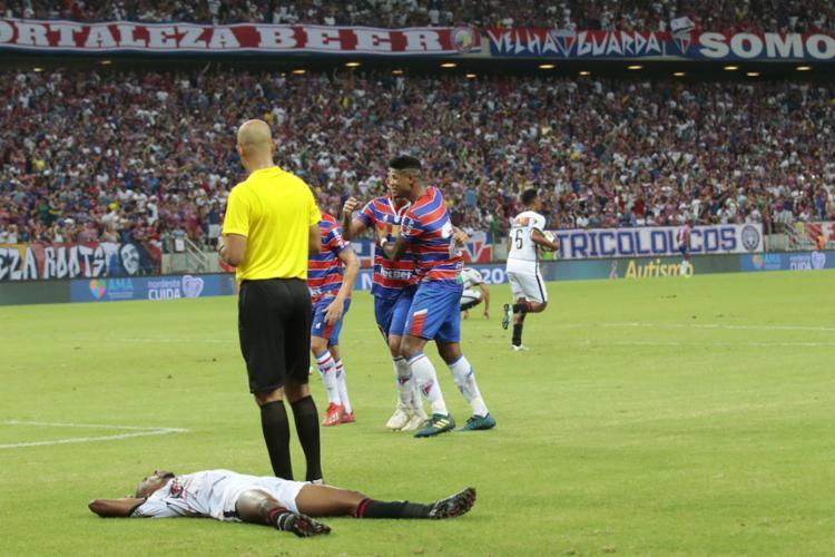 O jogo que marcou a eliminação foi o 12º seguido em que o time não consegue um triunfo - Foto: Julio Caesar / O POVO