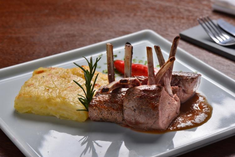 Restaurante traz o conceito de gastronomia contemporânea e cozinha experimental - Foto: Divulgação