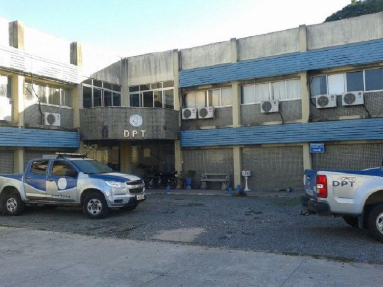 Vítima começou a atirar após abordagem da polícia - Foto: Acorda Cidade   Reprodução