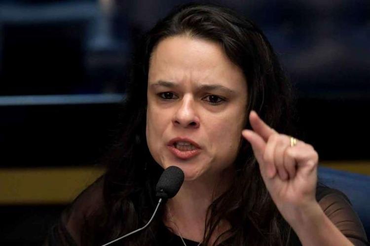 Janaina elegeu o Twitter para emitir opiniões sobre a atuação do governo federal - Foto: Evaristo Sa | AFP