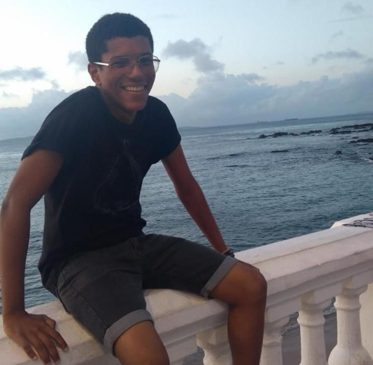 """Segundo Marly Ramos, mãe do jovem, """"ele saiu para trabalhar por volta das 7h40, e não voltou pra casa"""". - Foto: Reprodução   Arquivo Pessoal"""