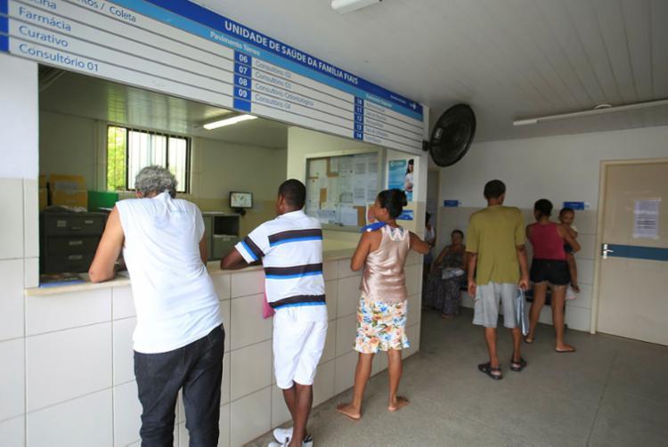 Na Unidade de Saúde da Família do Fiais, a saída de um profissional do Mais Médicos não afetou o atendimento - Foto: Joá Souza   Ag. A TARDE
