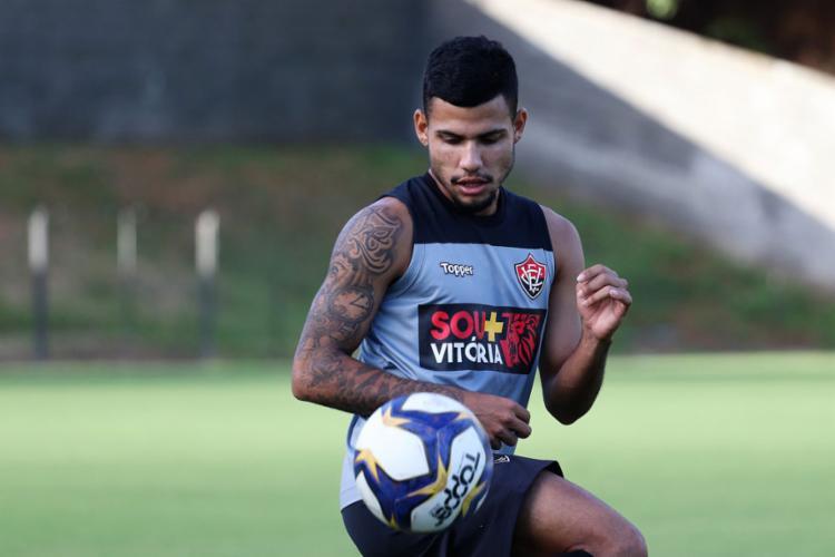 Matheus Rocha está recuperado de lesão na coxa e voltou a treinar com o elenco rubro-negro - Foto: Maurícia da Matta (EC Vitória) l Divulgação