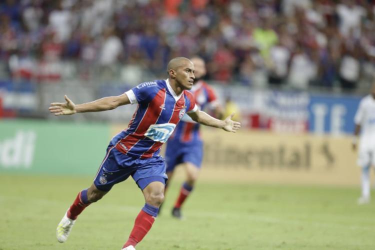 Nino fez um gol e deu uma assistência na partida - Foto: Adilton Venegeroles l Ag. A TARDE