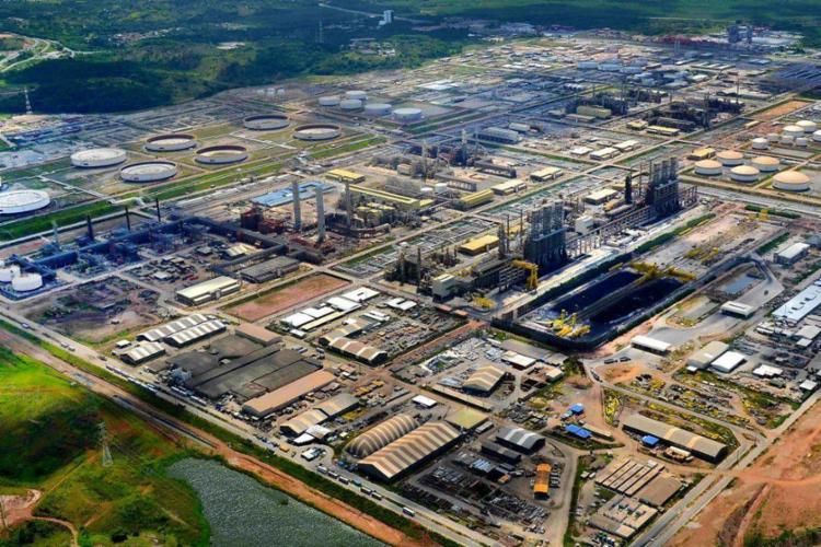 Valores do combustível nas refinarias refletem nos praticados para as distribuidoras - Foto: Reprodução | Agência Brasil