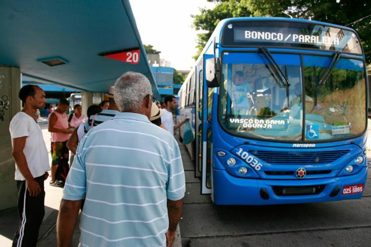 Ônibus que vão até Estação da Lapa ganharão terão esquema especial - Foto: Joá Souza   Ag. A TARDE