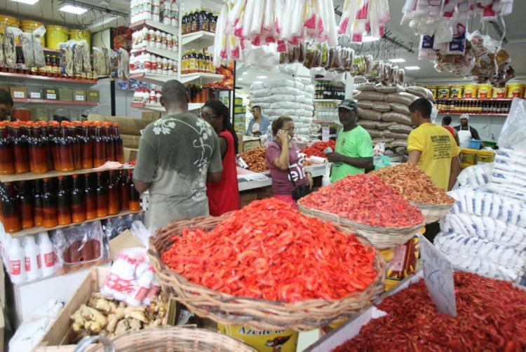 Segundo comerciantes, procura pelos produtos já começa a aumentar - Foto: Luciano da Matta   Ag. A TARDE