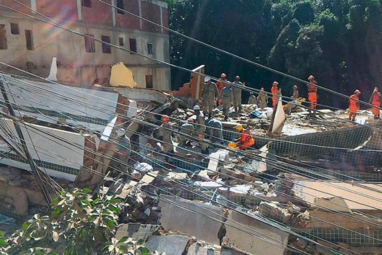 Dois prédios desabaram na Muzema, deixando ao menos 9 mortos - Foto: Divulgação | Prefeitura do RJ