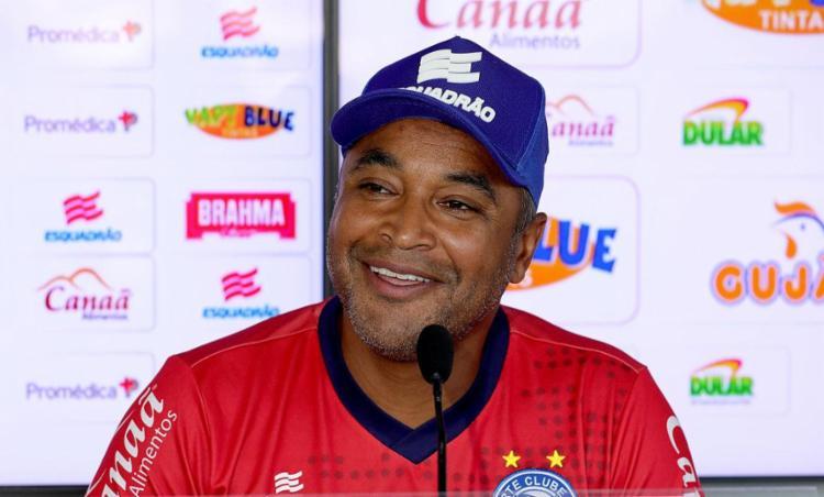 'Bahia de Feira vendeu caro a derrota e a perda do título', ressalta Roger - Foto: Felipe Oliveira l EC Bahia