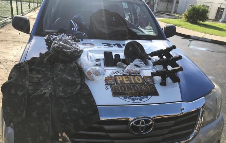 Com eles foram encontrados com armas, entorpecentes e roupas camufladas - Foto: Divulgação | SSP-BA