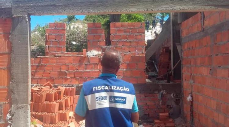 Outras obras ilegais foram encontradas na região de Itapuã