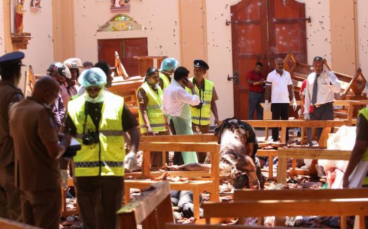 Doze detonadores estavam no chão e os outros 75 em uma lata de lixo próxima - Foto: Reprodução | AFP