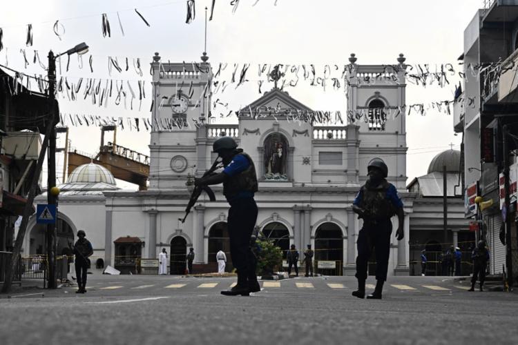 Atentados deixaram mais de 300 mortos e 500 feridos no domingo de Páscoa - Foto: Jewel Samad l AFP