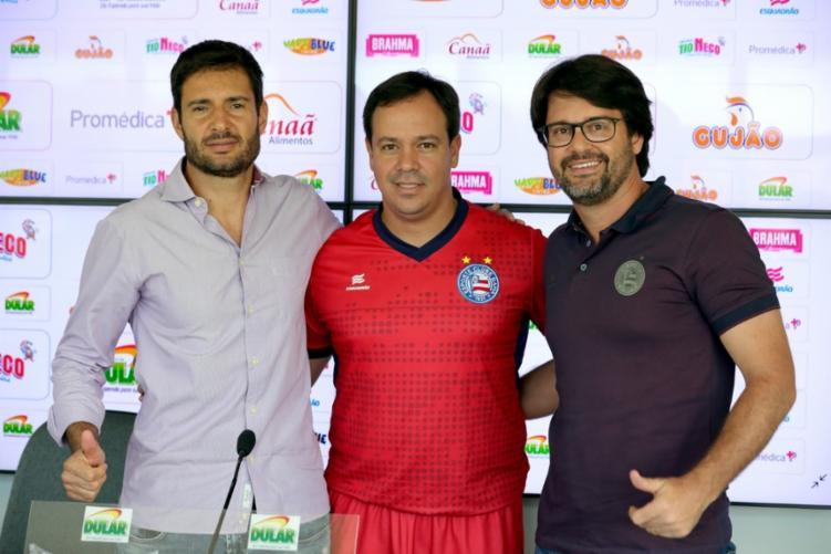 Presidente explica formato da 'equipe de transição' e promete anunciar hoje contratação de lateral-direito - Divulgação   Felipe Oliveira   EC Bahia
