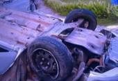 Homem bate em táxi e poste, capota e morre na BA 099 | Foto: Reprodução | TV Record