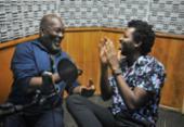 Lazzo Matumbi e Fabrício Boliveira falam sobre arte e racismo na A TARDE FM | Foto: Felipe Iruatã | Ag. A TARDE