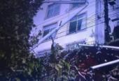 Árvore cai na avenida Centenário e ocupa faixa na pista | Foto: Reprodução | TV Record