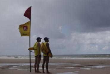 Banhistas devem aumentar atenção durante períodos de chuvas | Raphael Müller | Ag. A TARDE