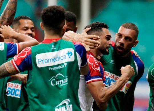 Com dois gols de Gilberto, Bahia vence o Fluminense na Arena Fonte Nova | Raul Spinassé | Ag. A TARDE